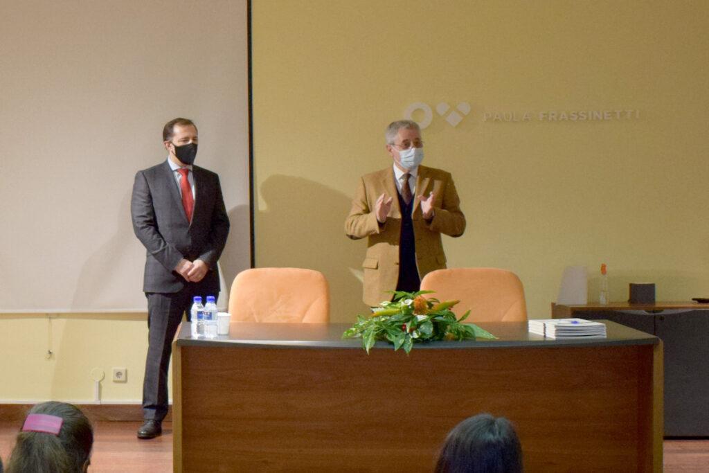 Entrega d eBolsas Santander 2020. Foto do evento.